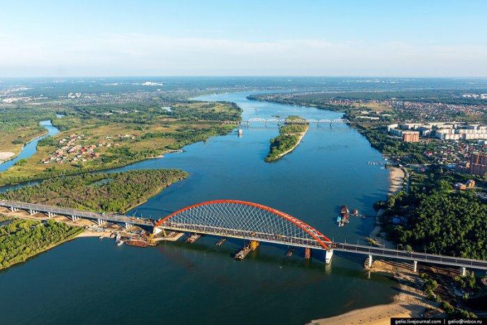 В Новосибирске открыт новый мост через реку Обь