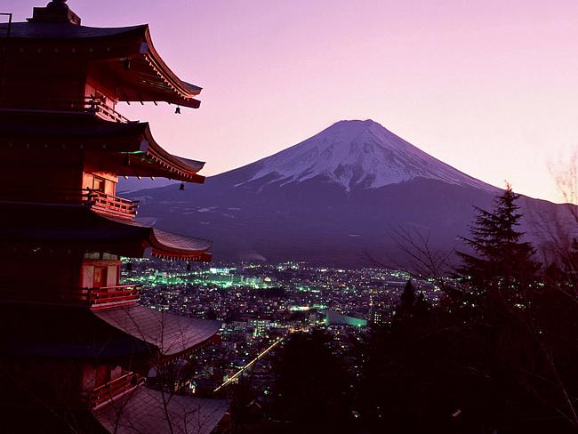 США угрожают Токио оставить Японию без своих военных баз
