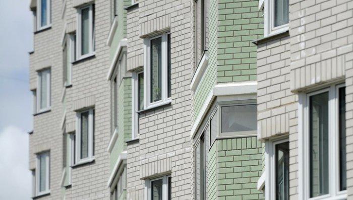4-летняя девочка погибла, упав из окна пятого этажа