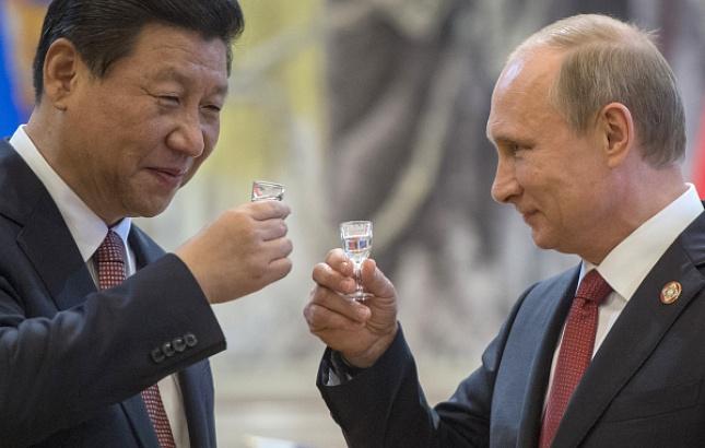 Bloomberg: Россия и Китай сближаются для сдерживания США