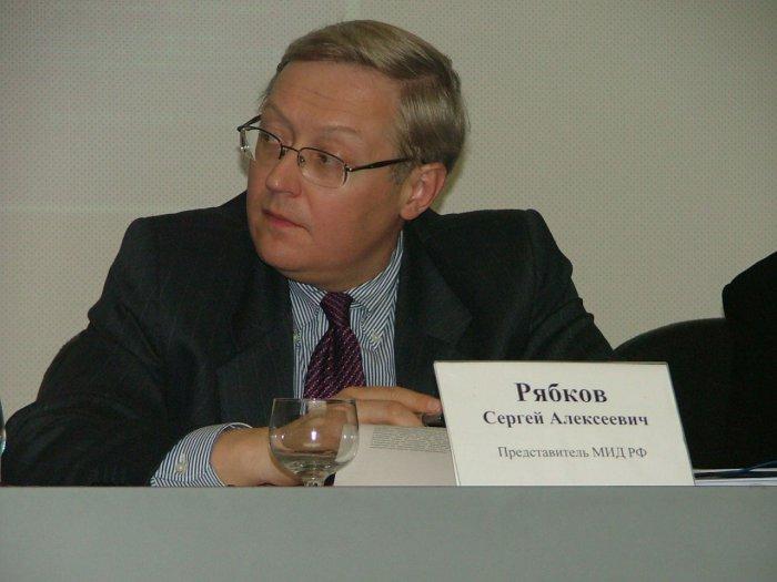 Рябков обсудил вопросы безопасности с послом Франции в России