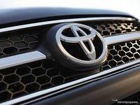 Toyota резко подняла цены на 20%