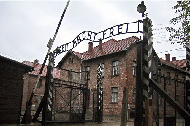 Путин отметит 75-летие освобождения Освенцима в Израиле