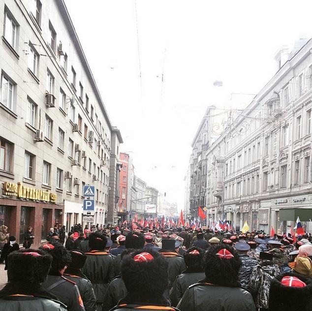 """По разным оценкам на митинг """"Антимайдан"""" в Москве вышли от 35 до 40 тысяч человек!"""