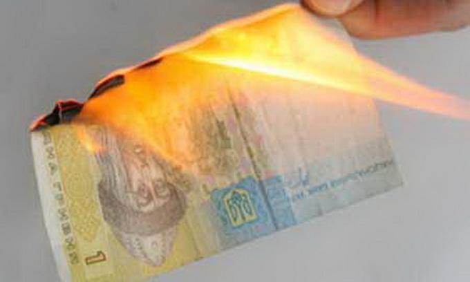 Без денег МВФ Украина продержится 2,5 месяца. Не более