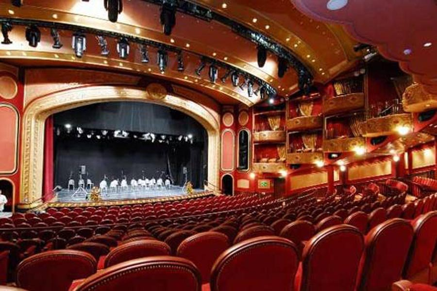 Билеты 27 марта в театр купить билеты на лебединое озеро в мариинский театр