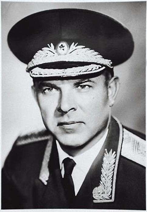 Владимир Семичастный...  уроки предательства