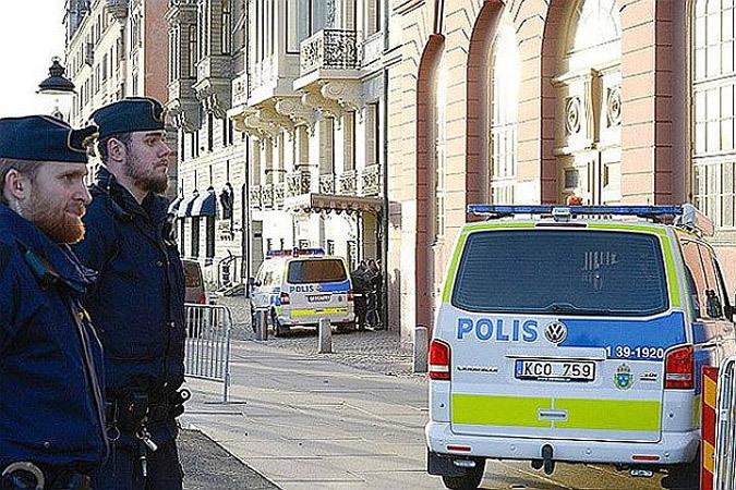 В Швеции неизвестный убил в ресторане двух человек