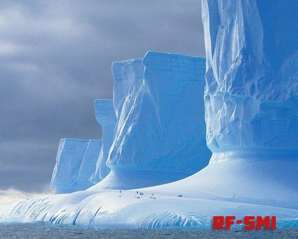 В Антарктиде происходит что-то странное