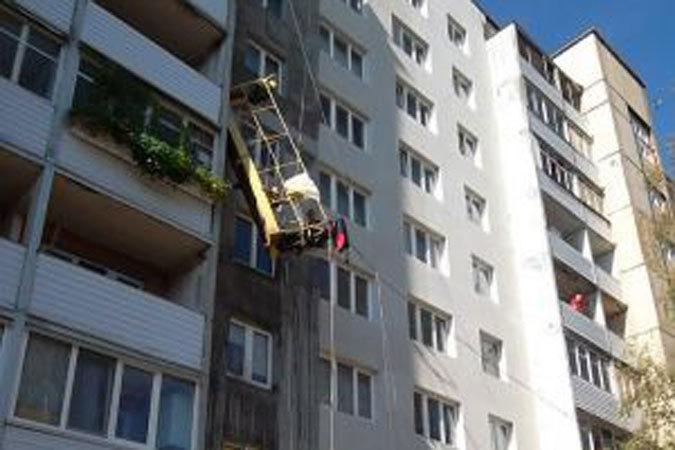 В Краснодаре с 13 этажа строящегося дома упали 5 рабочих