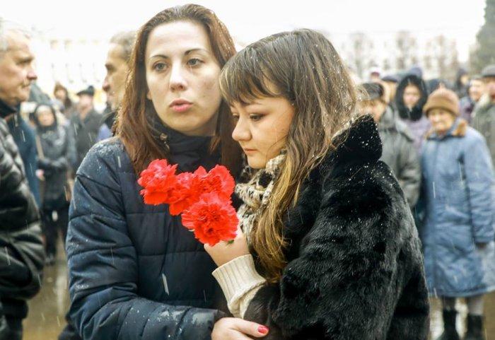 Помощники  Бориса Немцова уволены с работы