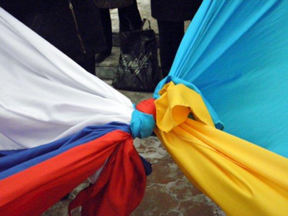 Опрос: Украинцы не против федерализации и русского языка