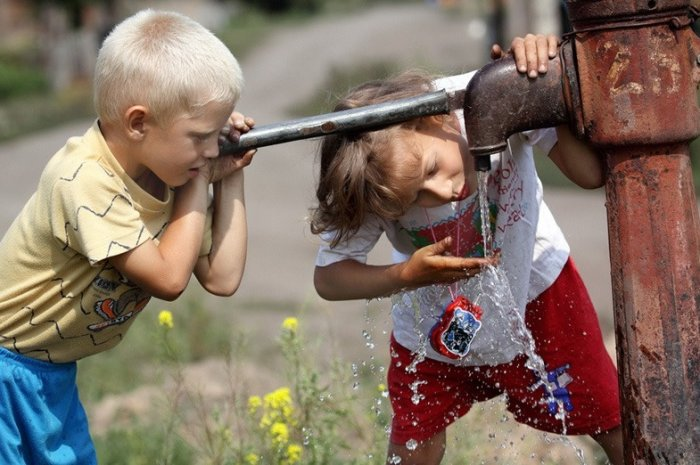 В городе Великие Луки выделили деньги на очистку воды