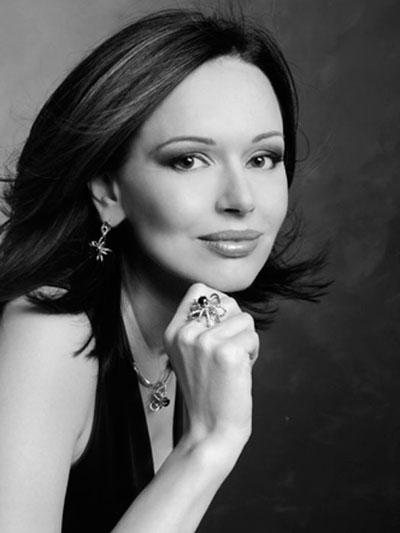 Актриса И. Безрукова награждена высокой наградой Московской Области.
