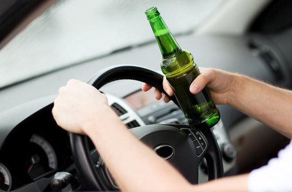 В Калуге пьяный полицейский на BMW врезался в  Opel с двумя женщинами