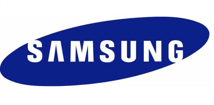 Samsung снова издевается над iPhone