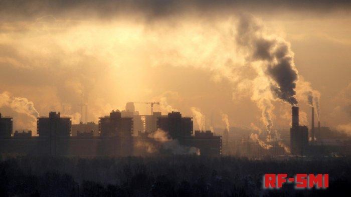 Неприятный запах в Челябинске показал превышение по сере и фенолу.