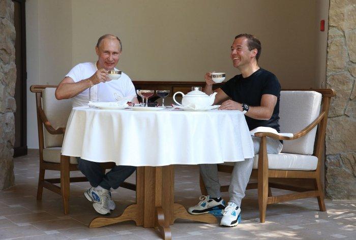 Дмитрий Медведев в интервью КП об отношениях с Владимиром Путиным: