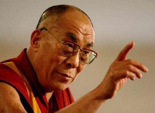 Далай-лама хочет, чтобы его преемником стала привлекательная женщина