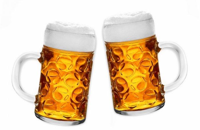 Минспорта изучает возможность возврата пива на стадионы
