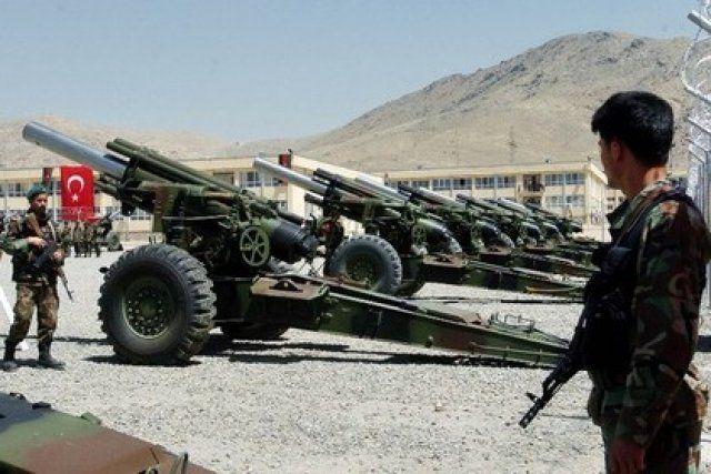 Турция открыла артиллерийский огонь по авиабазе Миннех (Сирия)