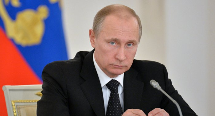 Путин предложил отправить в Париж лучших российских реставраторов