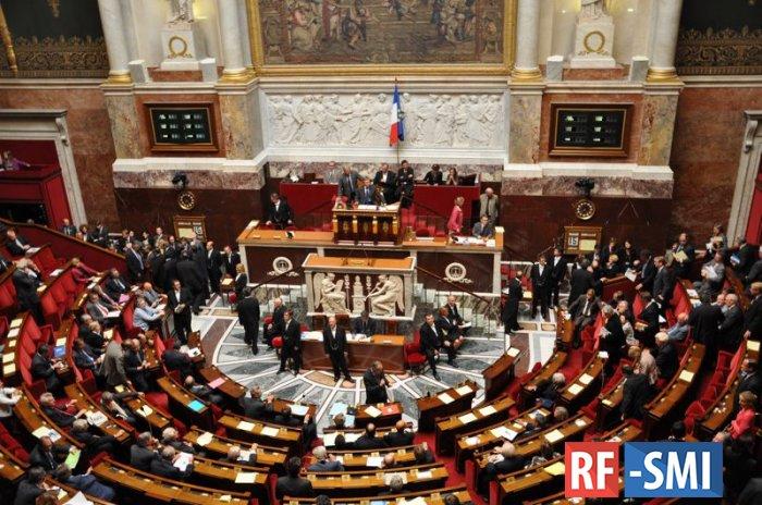 Парламент Франции рассматривает вопрос об отмене санкций против России