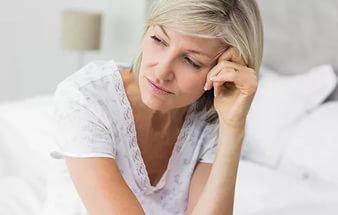 Половина женщин не говорит с медиками о менопаузах