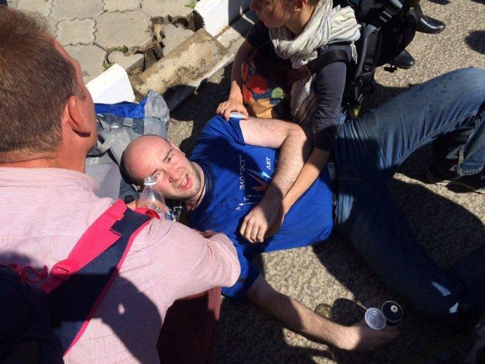 На А. Навального и его соратников напали около аэропорта Анапы