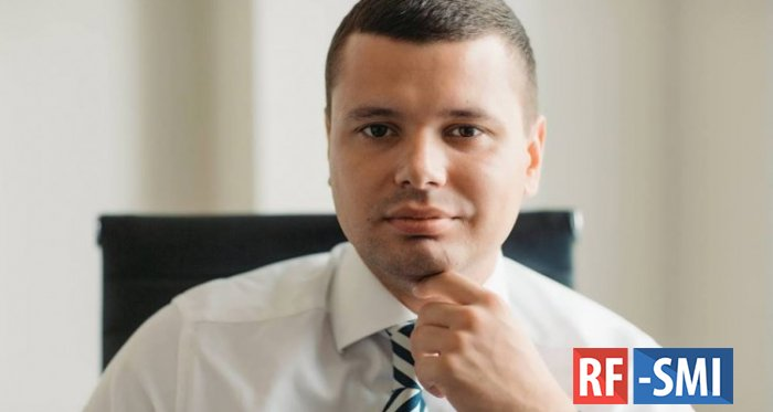 В пермском аэропорту задержан министр связи региона Евгений Балуев