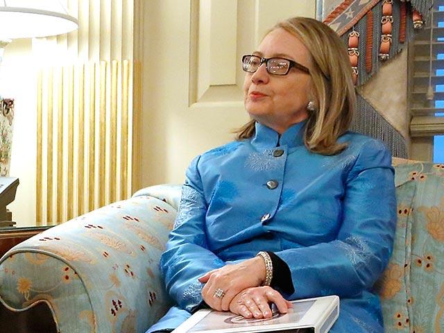 "Хиллари Клинтон освистали как ""военного преступника"""