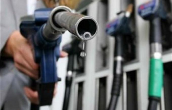 За июнь запасы бензина на Украине снизились на 3,2%
