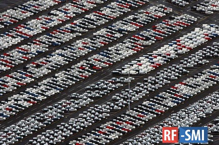 Девять компаний подняли цены на автомобили в России