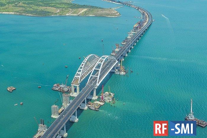 Названа рекордная скорость нарушения на Крымском мосту