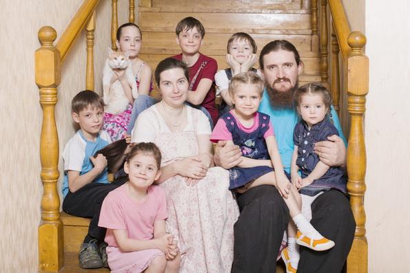 Росстат рассказал о финансовом положении многодетных семей