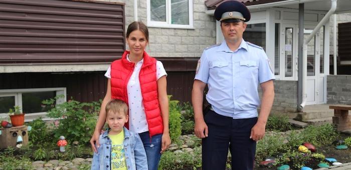 Старшего лейтенанта полиции Виталия Марыгина наградили медалью