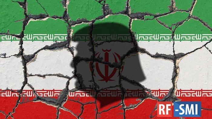"""В Генштабе Ирана заявили о нанесении """"серьезного урона"""" силам США"""
