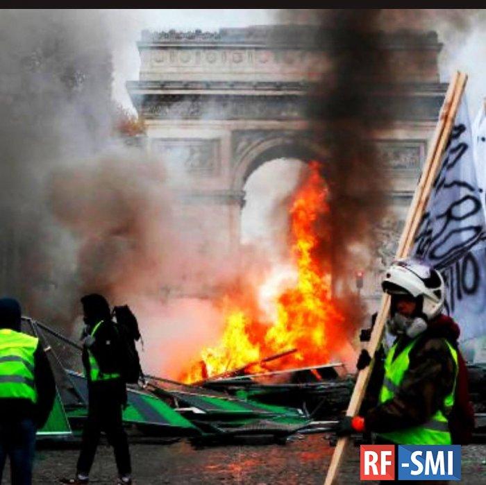 Число участников акций протеста во Франции возросло до 81 тысячи человек