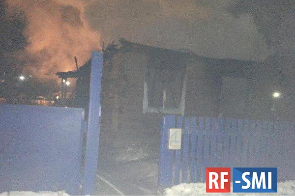 В Башкирии на пожаре в жилом доме сгорели трое детей