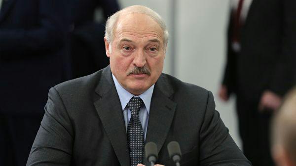 """Лукашенко поручил навести порядок с дисциплиной на """"Гродно Азот"""""""