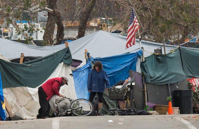 Дикий рост количества бездомных граждан США за год в Калифорнии