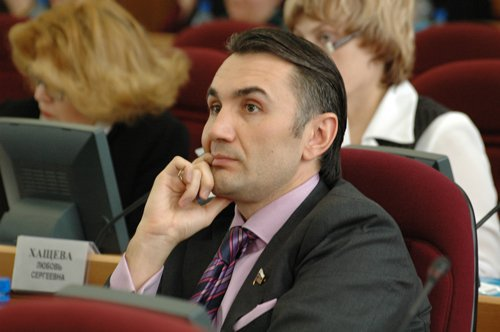 Сын экс-сенатора сбил сотрудника ДПС в Москве, уходя от погони