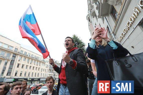 Москва не позволила Навальному провернуть майданные технологии