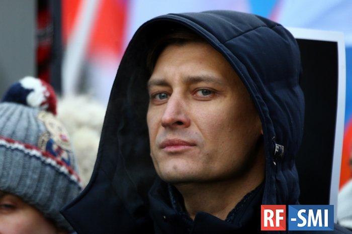 Гудкову на выборах в Мосгордуму помогает группа из 9 мошенников