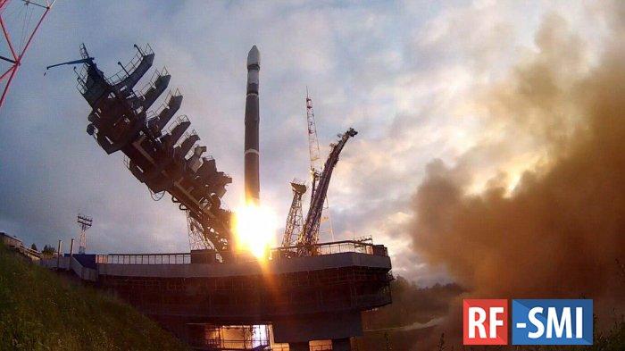 Четыре спутника, запущены для Минобороны РФ в среду с космодрома Плесецк