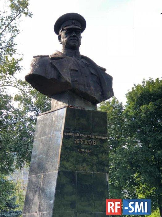 В Харькове восстановили памятник маршалу Жукову
