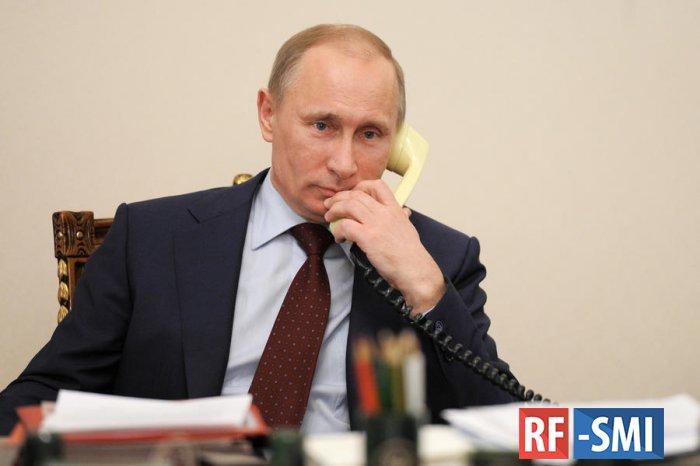 Путин переговорил по телефону с премьером Италии Конте - Кремль