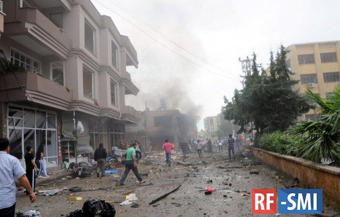 В Турции на границе с Сирией произошли взрывы на оружейном складе
