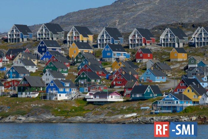 Дональд Трамп всерьез хотел купить у Дании остров Гренландию ?