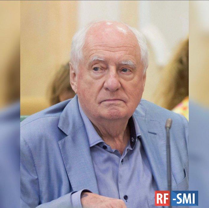 Госпитализирован режиссер и худрук театра «Ленком» Марк Захаров